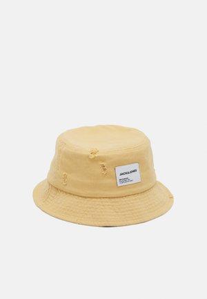 JACWASHED BUCKET HAT - Hat - cloud cream