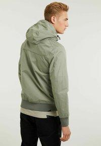 CHASIN' - Outdoor jacket - green - 1