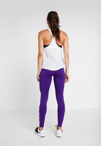 Nike Performance - RUN - Trikoot - court purple/white - 2