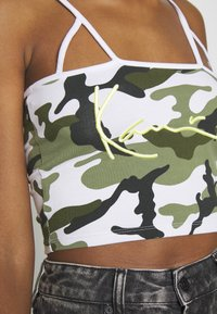Karl Kani - SIGNATURE CAMO CROPPED - Top - green/white/black/yellow - 4
