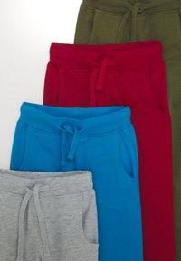 Friboo - 6 PACK - Pantalones deportivos - light grey/red/dark blue - 3