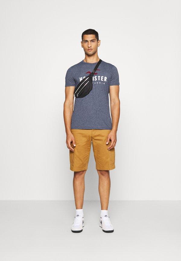 Hollister Co. CORE - T-shirt z nadrukiem - blue heaven tonal/granatowy Odzież Męska QODX