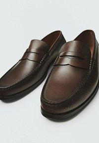 Massimo Dutti - Smart slip-ons - brown - 4