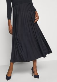 WEEKEND MaxMara - BARABBA - Jersey dress - black - 3