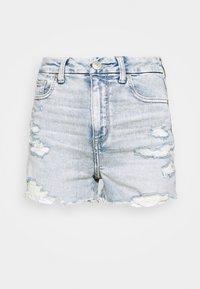 CURVY SHORTIE - Denim shorts - light wash