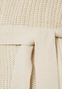 Missguided Petite - OVERSIZED BELTED BALLOON SLEEVE CARDIGAN - Cardigan - oatmeal - 2
