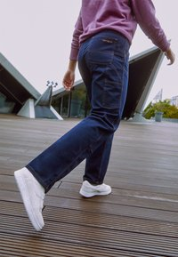 Carhartt WIP - MIGGY DOUBLE KNEE PANT - Džíny Relaxed Fit - astro - 2