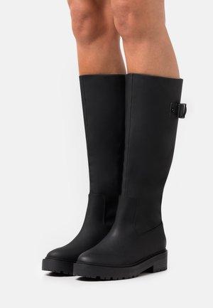 FOR ALL SAKE BOOT - Platåstøvler - black