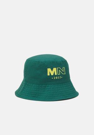 EMRBOIDERED LOGO UNISEX - Hat - green