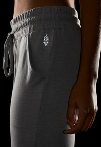 Free People - SUNNY SKINNY - Tracksuit bottoms - grey combo - 4
