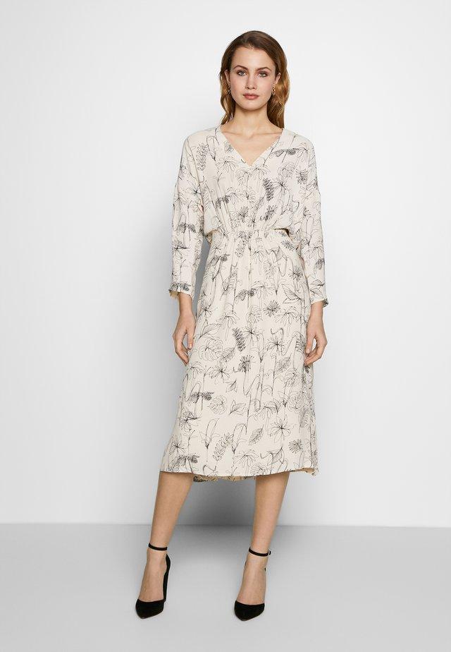 REANNE DRESS - Korte jurk - offwhite