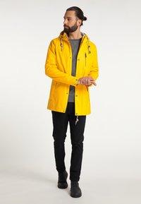 Schmuddelwedda - Waterproof jacket - senf - 1