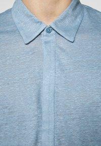Club Monaco - POPOVER - Polo shirt - light blue - 6