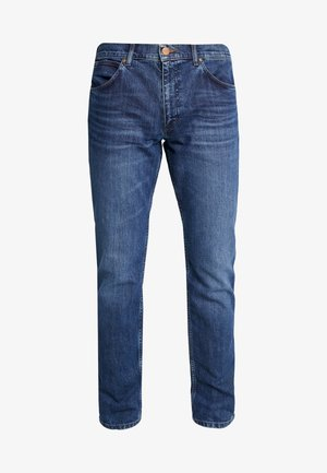 GREENSBORO - Straight leg jeans - the winner