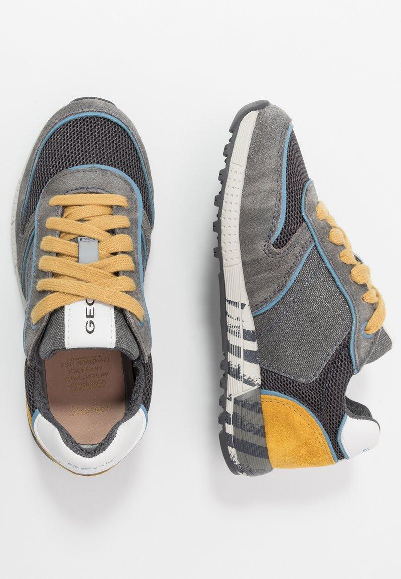 Geox - ALBEN BOY - Trainers - grey/dark yellow