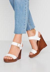 New Look - PERKIN - Højhælede sandaletter / Højhælede sandaler - white - 0