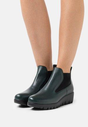 Platform ankle boots - wild forest