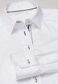 Eterna - Button-down blouse - weiß - 5