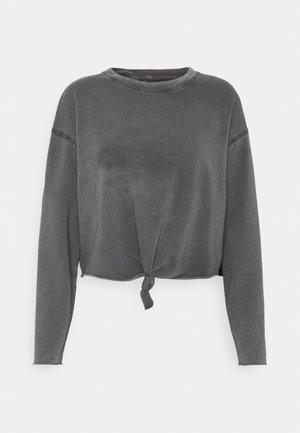 KNOT TIE CROP - Long sleeved top - grey shadow