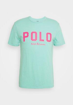 Camiseta estampada - light green/neon pink