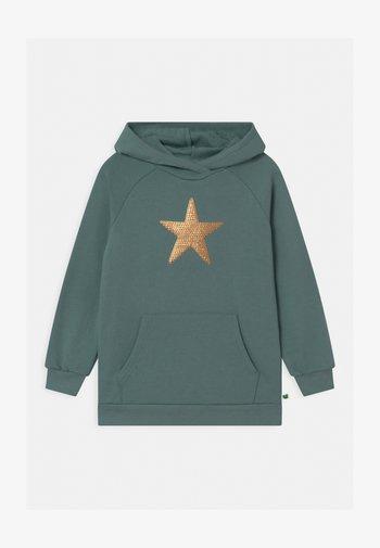 STAR HOODIE UNISEX