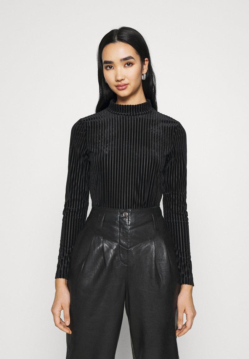 Monki - PIRA - Långärmad tröja - black