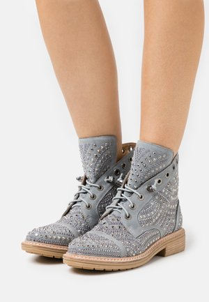 Lace-up ankle boots - jeans