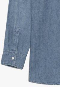 Levi's® - BARSTOW WESTERN  - Skjorter - light blue denim - 3