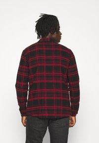 Redefined Rebel - Shirt - high risk red - 2