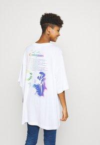 Weekday - HUGE DRESS - Jerseykjole - white - 2