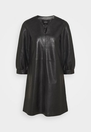 WAKI - Denní šaty - black