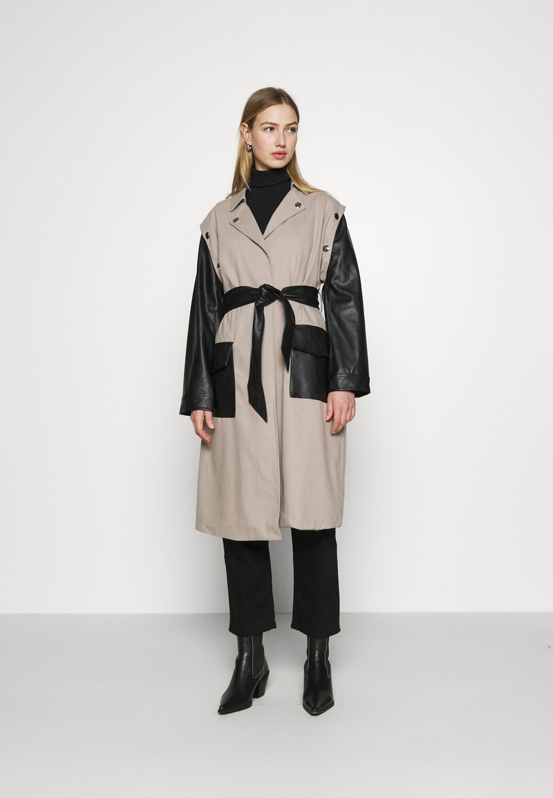 4th & Reckless - JAGGER JACKET - Trenchcoat - taupe/black
