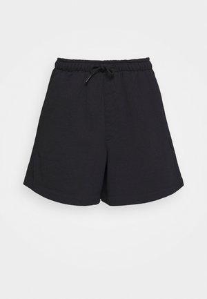 MULAN - Shorts - black