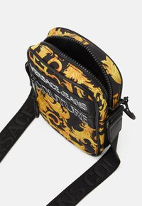 Versace Jeans Couture - UNISEX - Across body bag - black/gold - 4