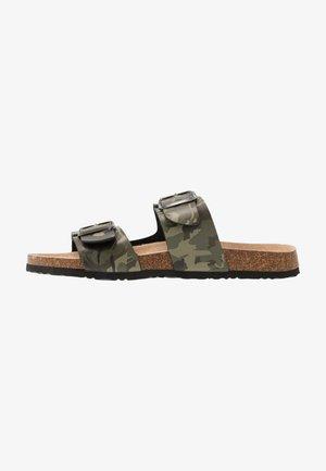 ANTHONY - Domácí obuv - khaki