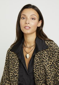 Topshop - SHELL INLY DISC 2 PACK - Necklace - gold-coloured - 1