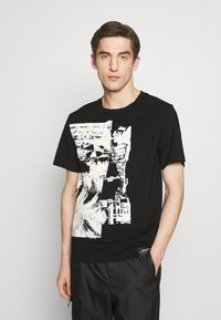 3.1 Phillip Lim - POSTCARD PERFECT TEE - T-shirt con stampa - black - 0