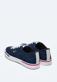 Pepe Jeans - KENTON SMART - Sneakers - azul marino - 3