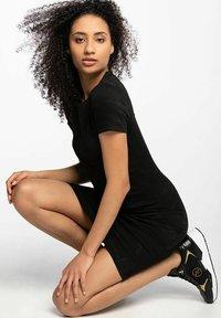 Guess - RHODA - Shift dress - black - 2