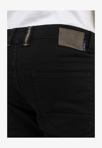 camel active - HOUSTON  - Jeans straight leg - black - 5