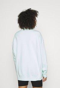 Nike Sportswear - TREND - Sweater - barely green/white - 2