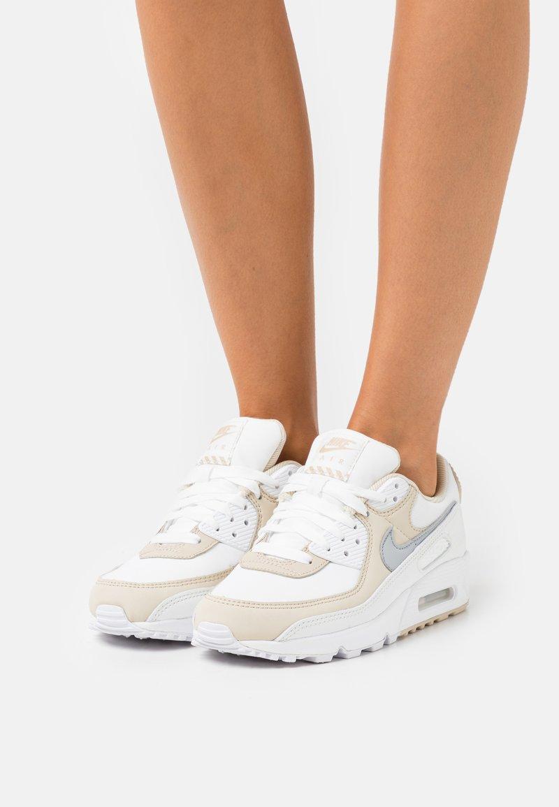 Nike Sportswear - AIR MAX 90 - Sneakers laag - summit white/wolf grey/white