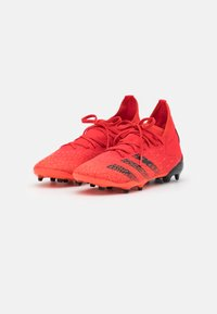 adidas Performance - PREDATOR FREAK .3 FG UNISEX - Korki Lanki - red - 1