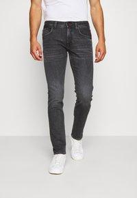Tommy Hilfiger - SLIM BLEECKER AGAR  - Slim fit jeans - black denim - 0