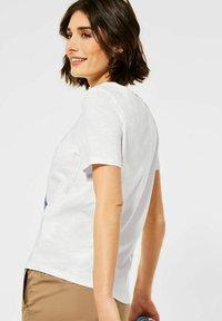 Cecil - MIT FOTOPRINT - Print T-shirt - weiß - 2