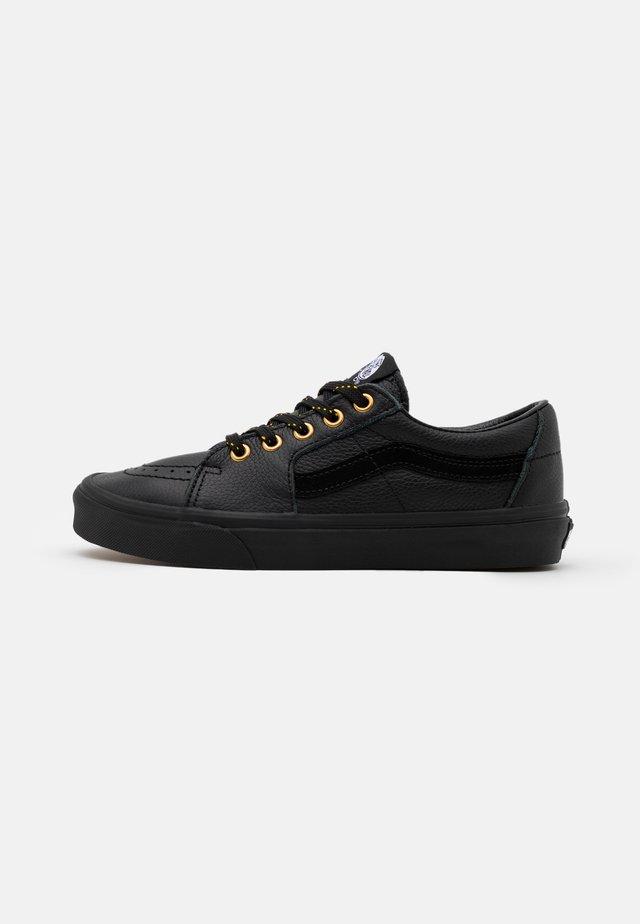 SK8 UNISEX - Sneakersy niskie - black