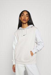 Nike Sportswear - HOODIE - Sweatshirt - light bone - 0