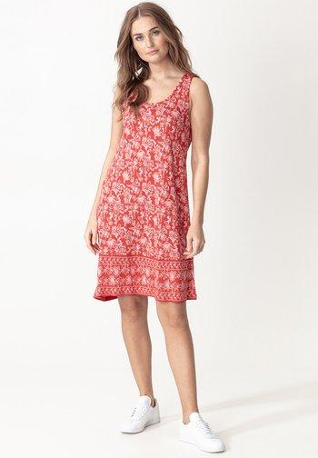 DANYLYNN - Jersey dress - red