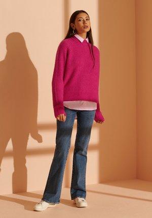 CULT STUDIOS SUPER LUX  - Jumper - fenway pink