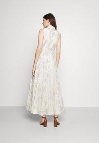 Lauren Ralph Lauren - PUJA SLEEVELESS DAY DRESS - Maxi dress - white/silver - 2